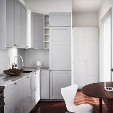 Hvit kjøkken blandebatteri